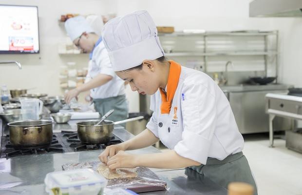 Nghề Bếp cơ hội việc làm cho giới trẻ