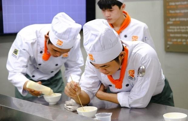 nghề bếp thích hợp với nam giới