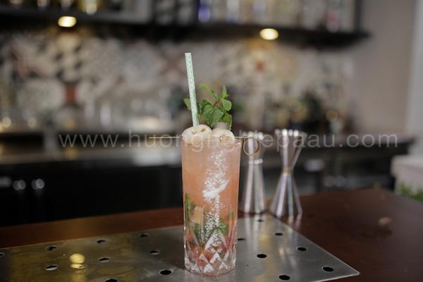 cocktail phủ một lớp đường