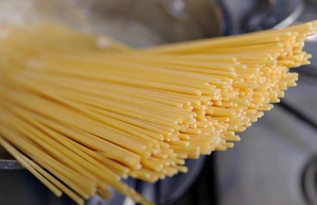 Luộc mì Ý