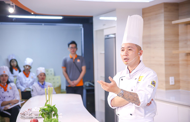 chef cam thien long