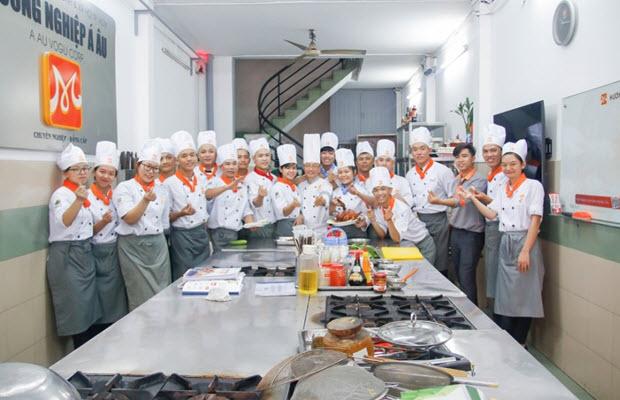 Chứng chỉ nghề bếp uy tín tại HNAAu