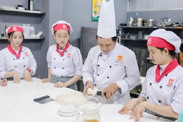 Chuyên Gia Bếp Bánh