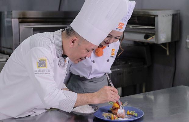 Cơ hội thăng tiến nghề bếp