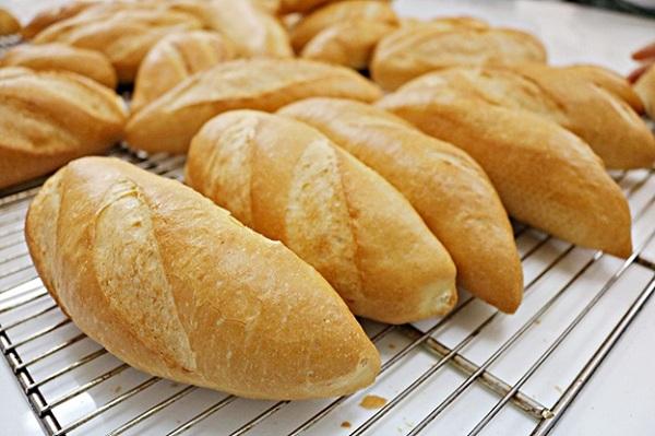 khóa học làm bánh mì việt