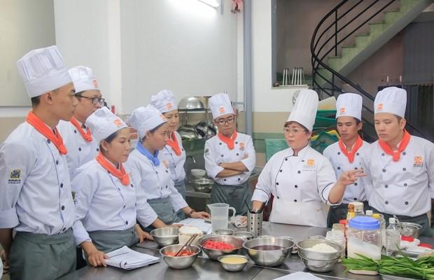 Học nghề bếp nhiều cơ hội việc làm