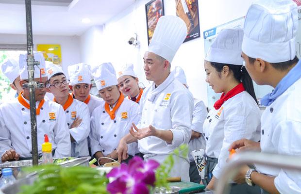 Học viên lớp Nghiệp vụ Bếp Á