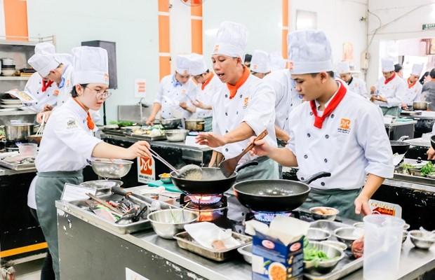 Học viên thực hiện bài thi