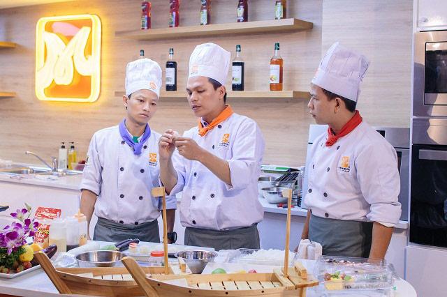 hướng dẫn học làm sushi món nhật