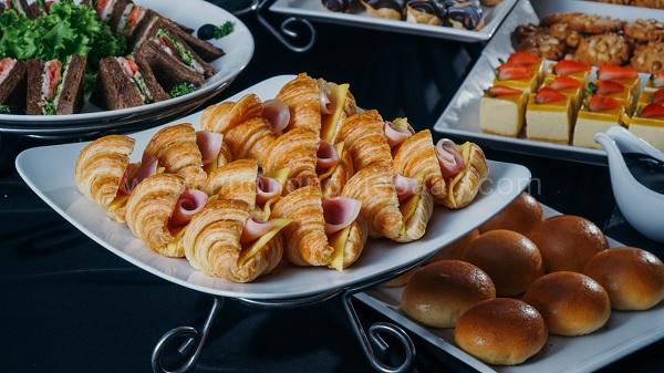 Kinh doanh bánh mang đến thu nhập khổng lồ