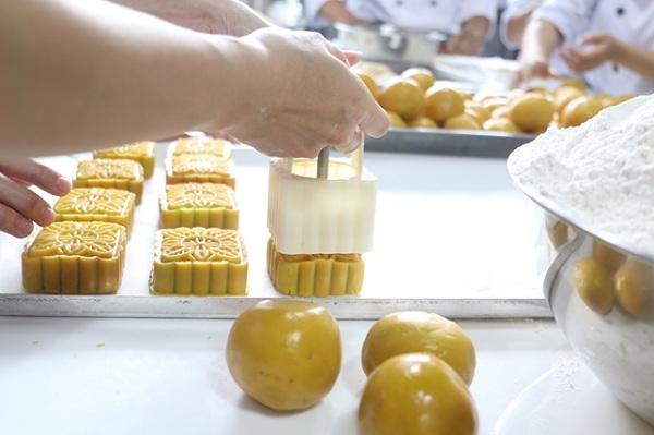 Kinh doanh Bánh Trung Thu Handmade – Tại sao không?