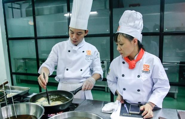 Lớp học nấu ăn yêu cầu