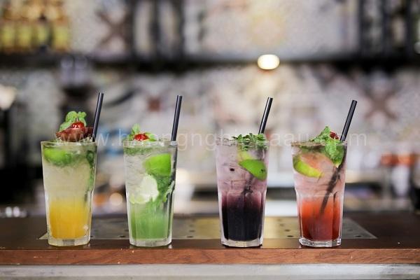 hình những ly thức uống hiện đại