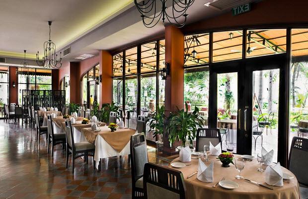 Nhà hàng khách sạn Cần Thơ