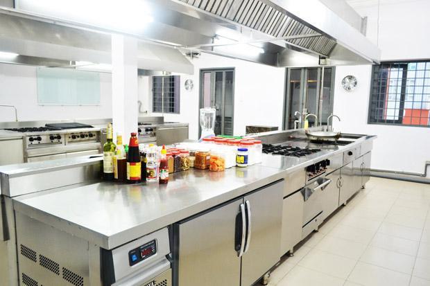 phòng thực hành bếp 1 chiều