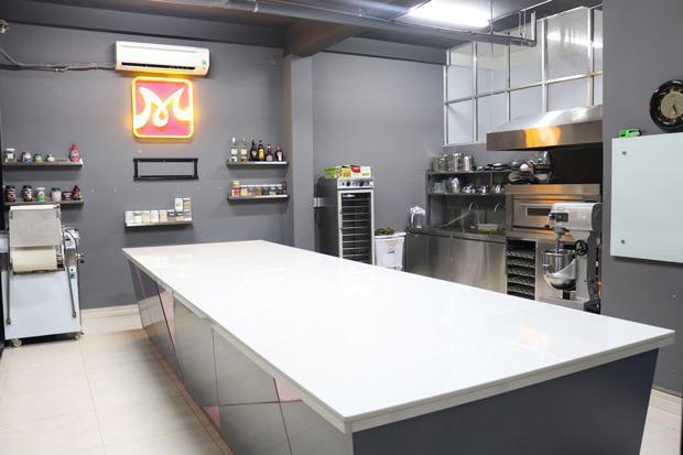 phòng thực hành bếp bánh tân bình