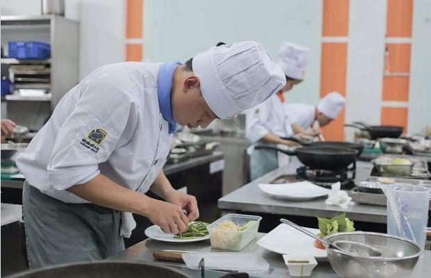 tham gia cuộc thi nấu ăn