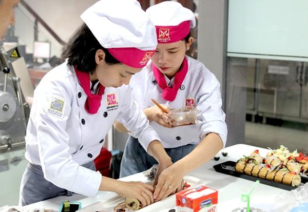 Nhu cầu tuyển dụng thợ làm bánh mì