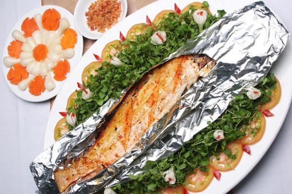 Cá hồi nướng giấy bạc
