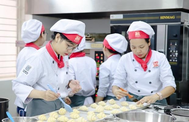 Đồng phục của đầu bếp bánh