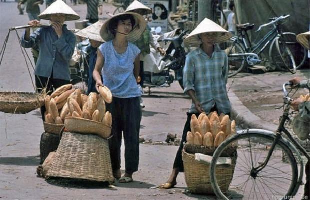 bánh mì đến Việt Nam