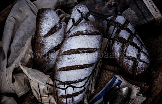 bánh mì có nhiều màu khác nhau