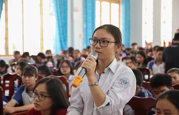 học sinh chia sẻ ước mơ