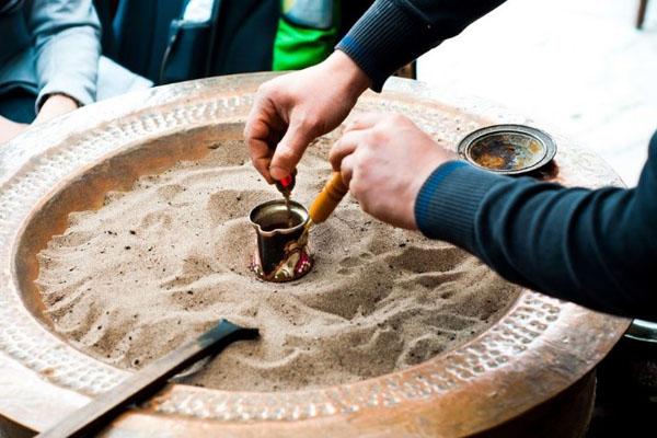 cát làm nóng cafe