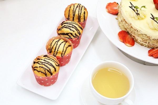 banh-muffin-thom-ngon